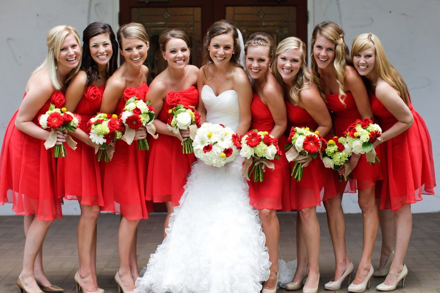 Элемент красного на свадьбу